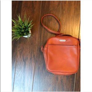 Vintage samsonite crossbody bag